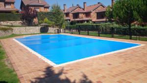 Lona piscina Villaviciosa