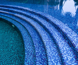 Suelo piscina Majadahonda