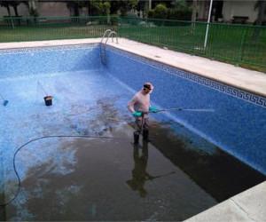 Limpiador piscinas Madrid