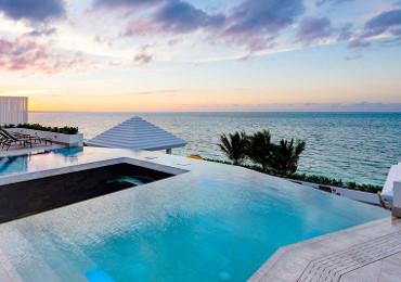 Solado exterior piscina